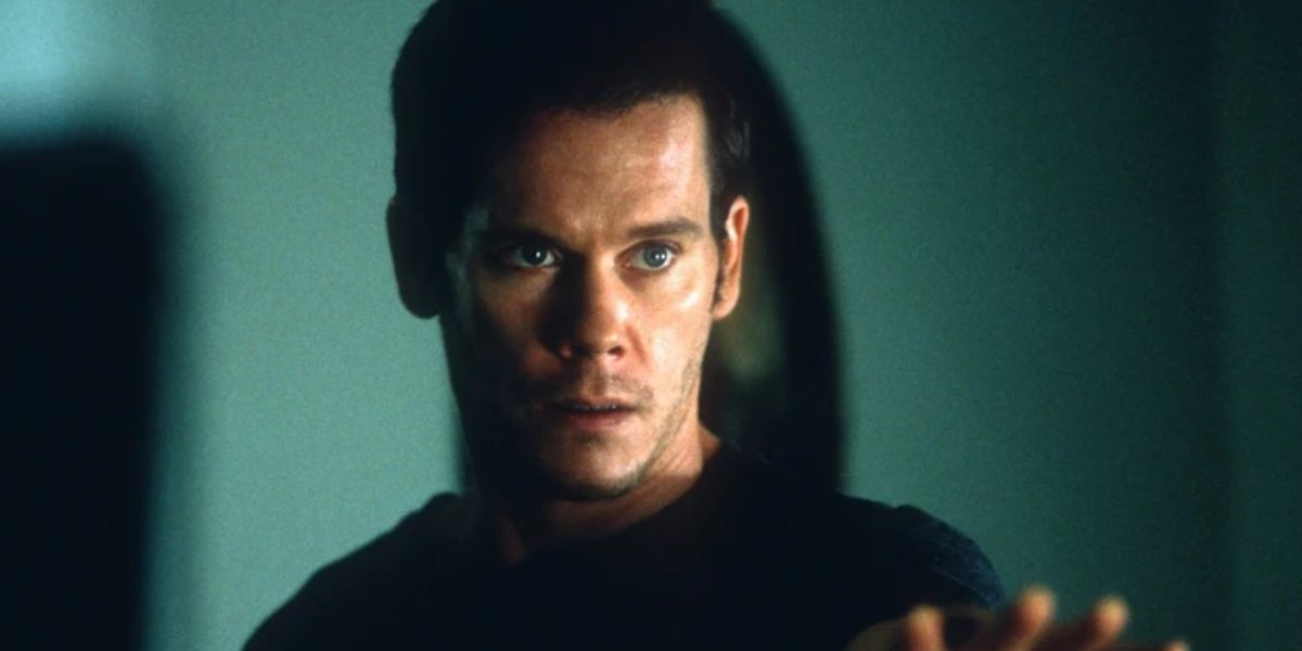 Kevin Bacon in Stir of Echoes