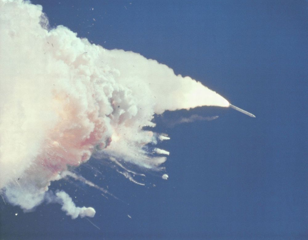 Remembering Challenger: NASA's 1st Shuttle Tragedy in ...