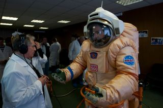 Crew Takes Shape for Record-Breaking Mock Mars Mission