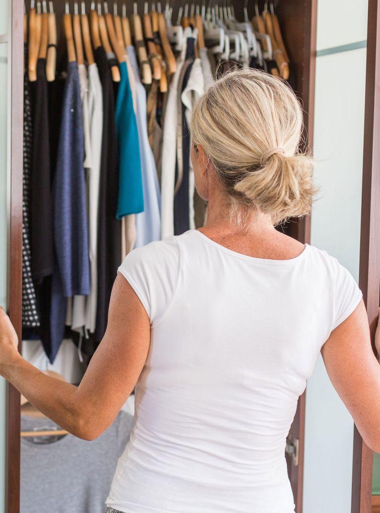 Organising wardrobe