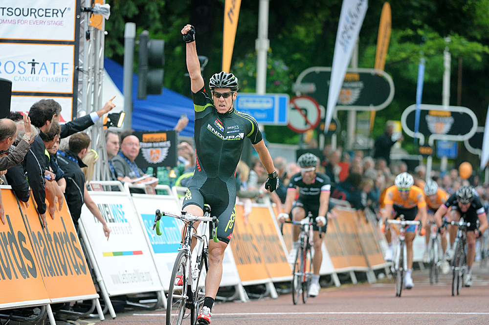 Alexandre Blain wins, Tour Series 2010, round 5, Southport
