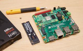 Raspberry Pi Compute Module 4 and NVMe Drive