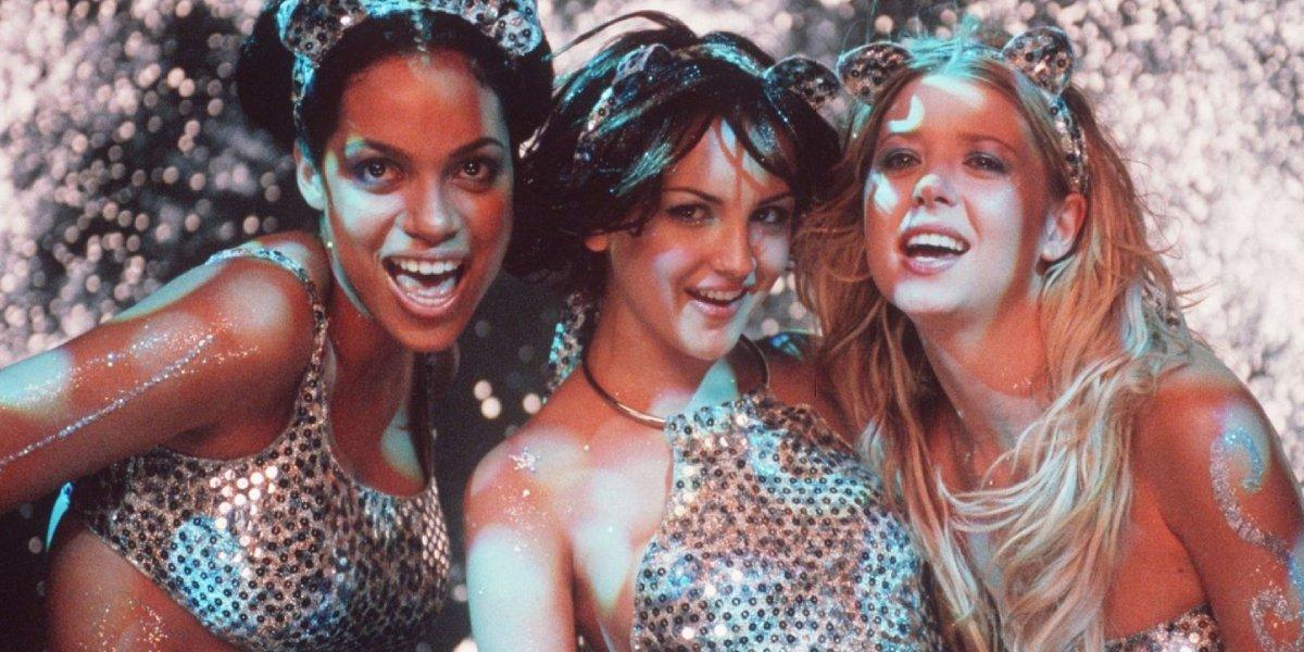 Rosario Dawson, Rachel Leigh Cook, and Tara Reid in Josie and the Pussycats