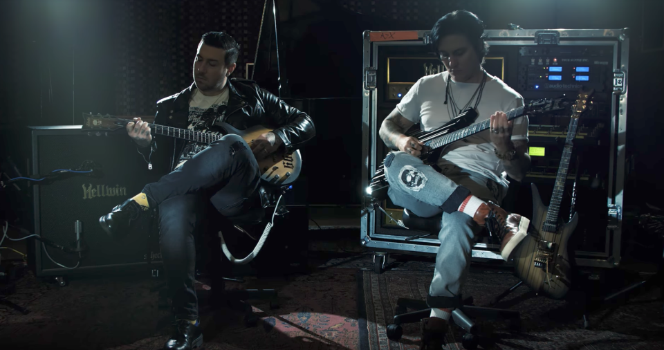 Avenged Sevenfold Announce New Acoustic Album, 'Live at the