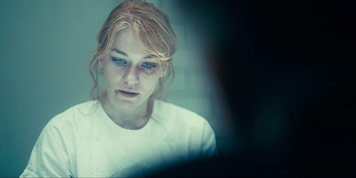 Hannah Gross - Joker