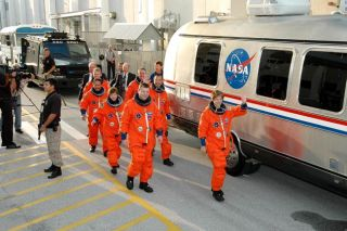 STS-114 Crew Rehearses Shuttle Launch, Escape Plans