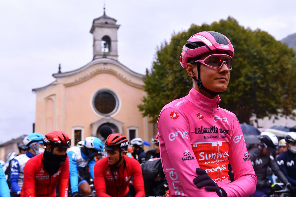 ASTI ITALY OCTOBER 23 Start Wilco Kelderman of The Netherlands and Team Sunweb Pink Leader Jersey Morbegno Village during the 103rd Giro dItalia 2020 Stage 19 a 258km stage from Morbegno to Asti girodiitalia Giro on October 23 2020 in Asti Italy Photo by Stuart FranklinGetty Images