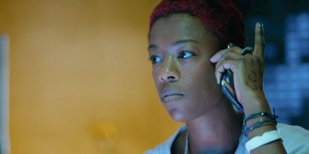 """Samira Wiley as """"Hacker Kween"""" on a phone call in the movie Nerve."""