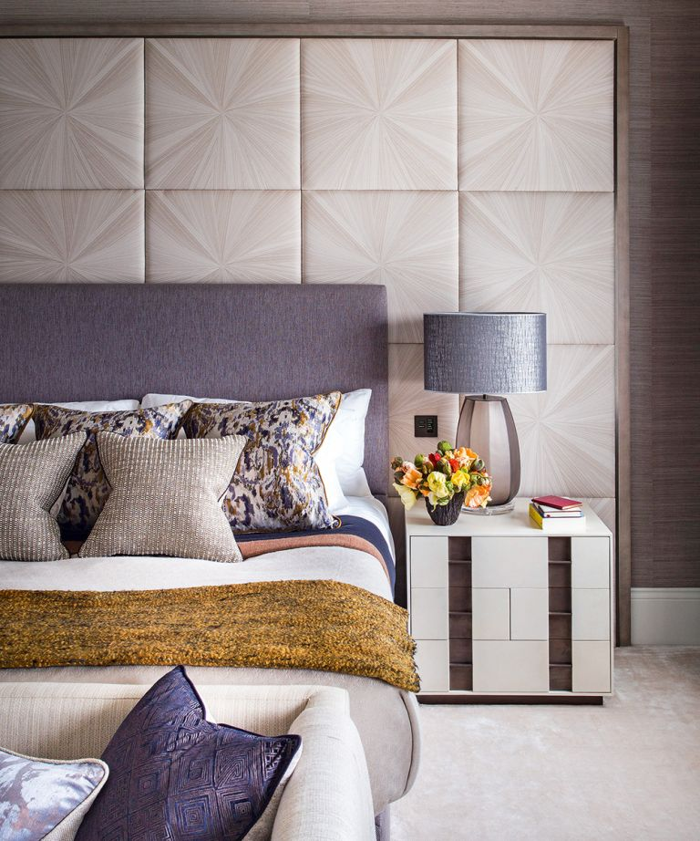 Wall paneling tip for a small bedroom