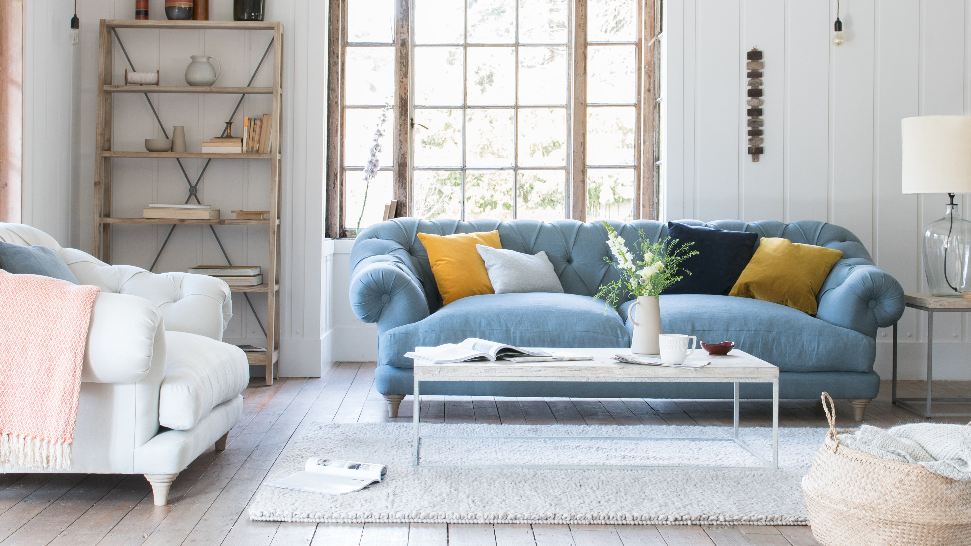 Upholstery for the sofa: what to choose 16