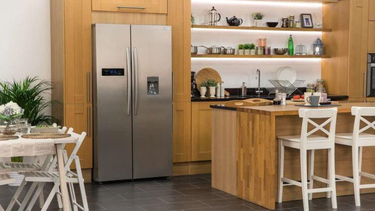 Russell Hobbs RH90FF176SS-WD American Fridge Freezer