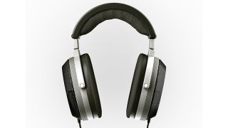 "T+A reveals Solitaire P ""planar-magnetostatic"" high-end headphones"