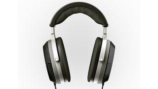 "T+A reveals Solitaire P ""planar-magnetostatic"" high-end headphones"