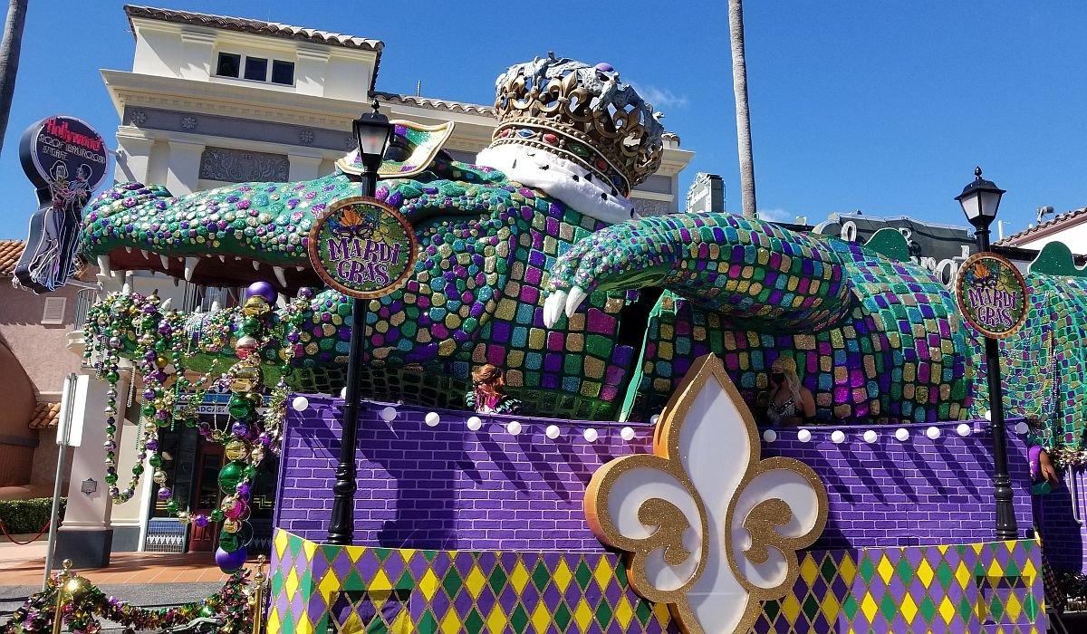 Mardi Gras float at Universal Studios