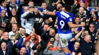 Che Adams Everton