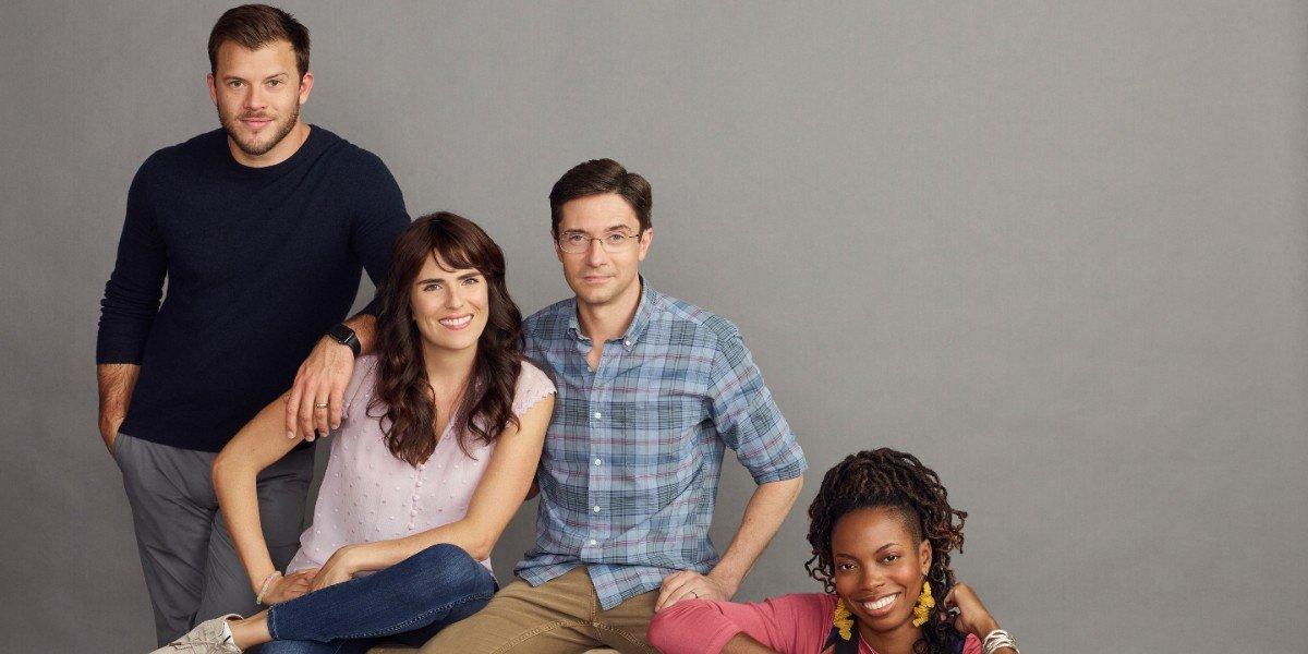 The cast of Home Economics