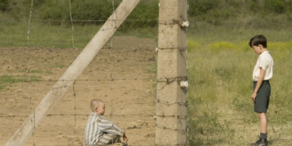 Asa Butterfield and Jack Scanlon in The Boy with the Striped Pajamas