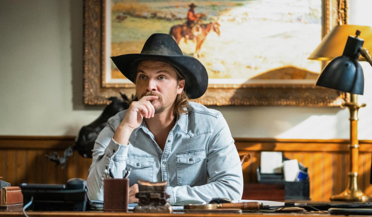 Yellowstone Kayce Dutton Luke Grimes Paramount Network