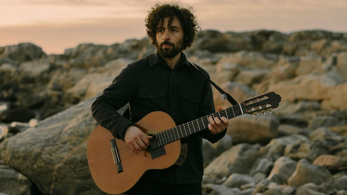 """José González: """"For this album, I didn't buy any new gear. I decided if I'm going to put time into something, it would be on rehearsing guitars and refining the songs"""""""