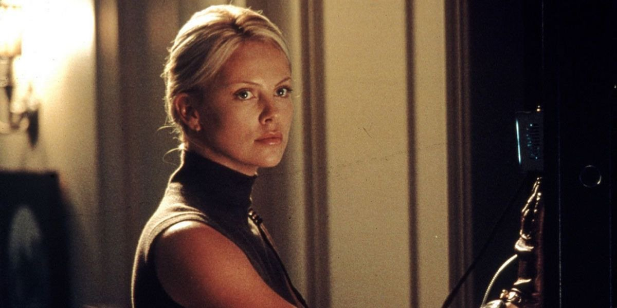 Charlize Theron - The Italian Job (2003)