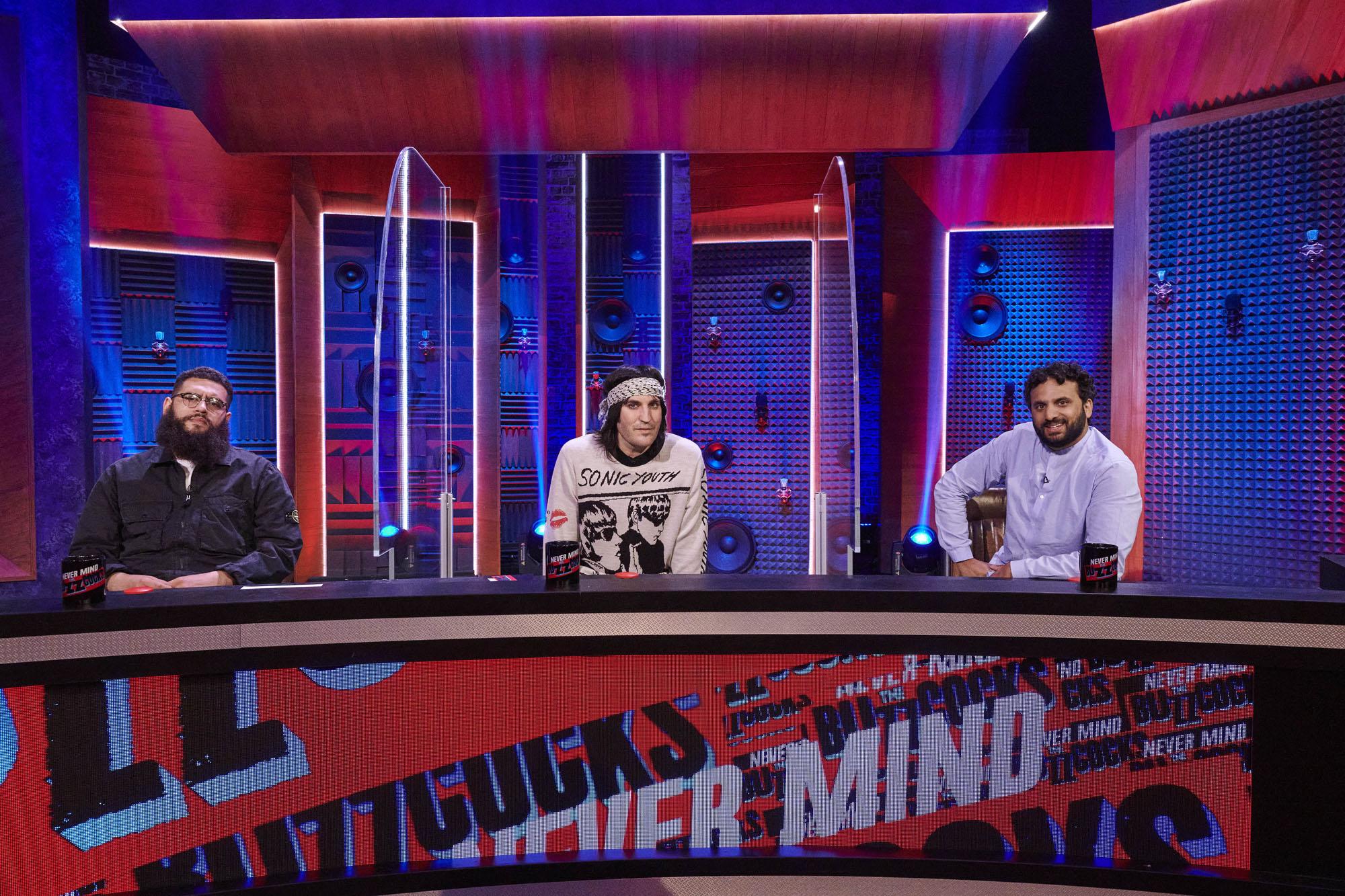 Noel Fielding es el capitán de Never Mind The Buzzcocks.