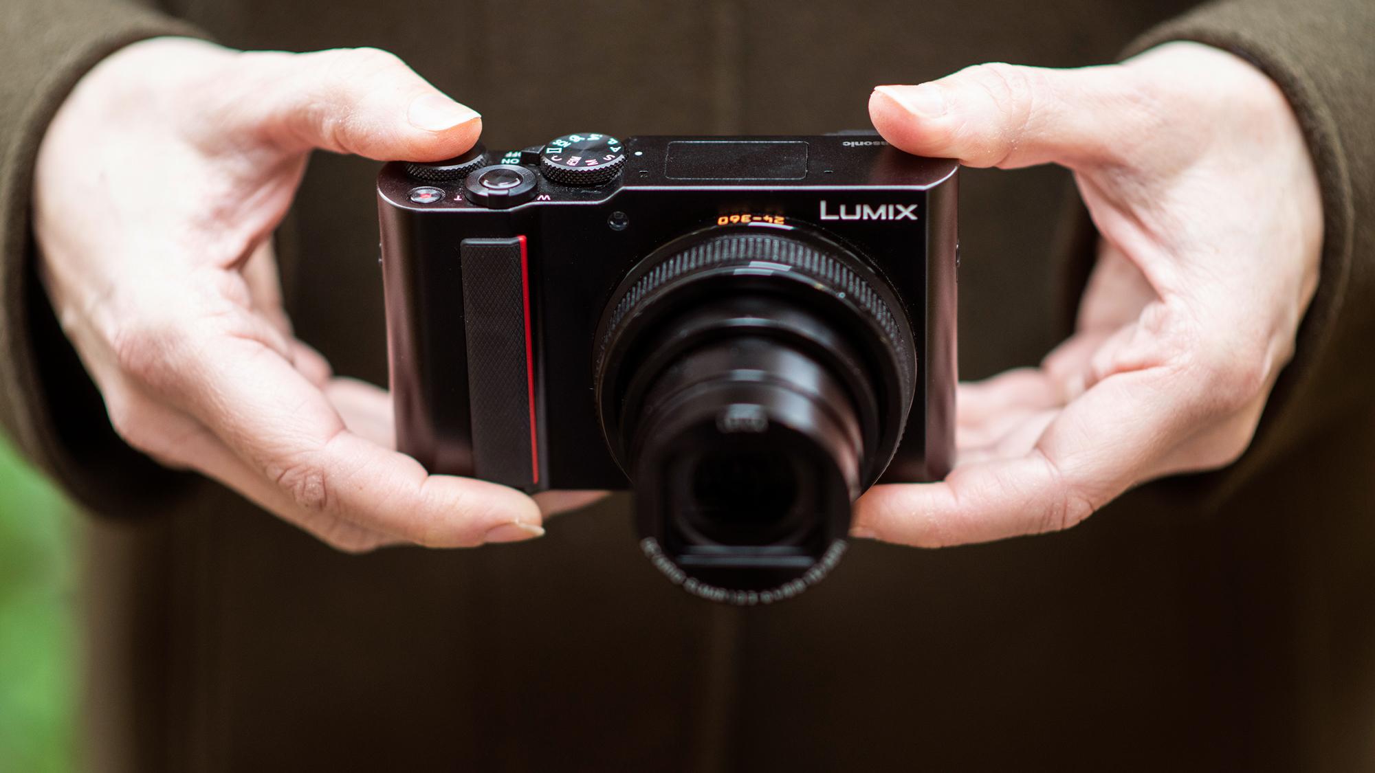 best point-and-shoot cameras: Panasonic Lumix ZS200