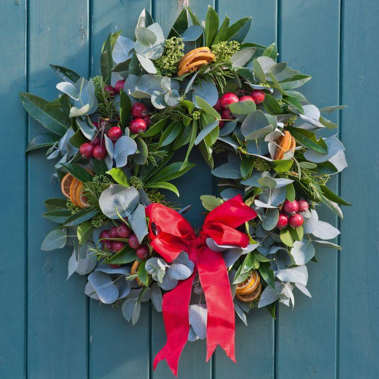 Dobbies Christmas wreath