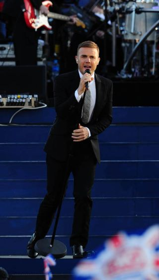 Gary Barlow praised for Olympic performance
