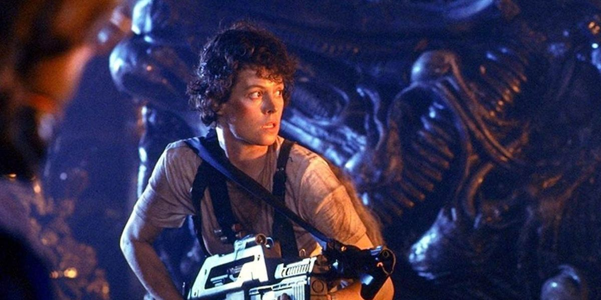 Sigourney Weaver in Aliens