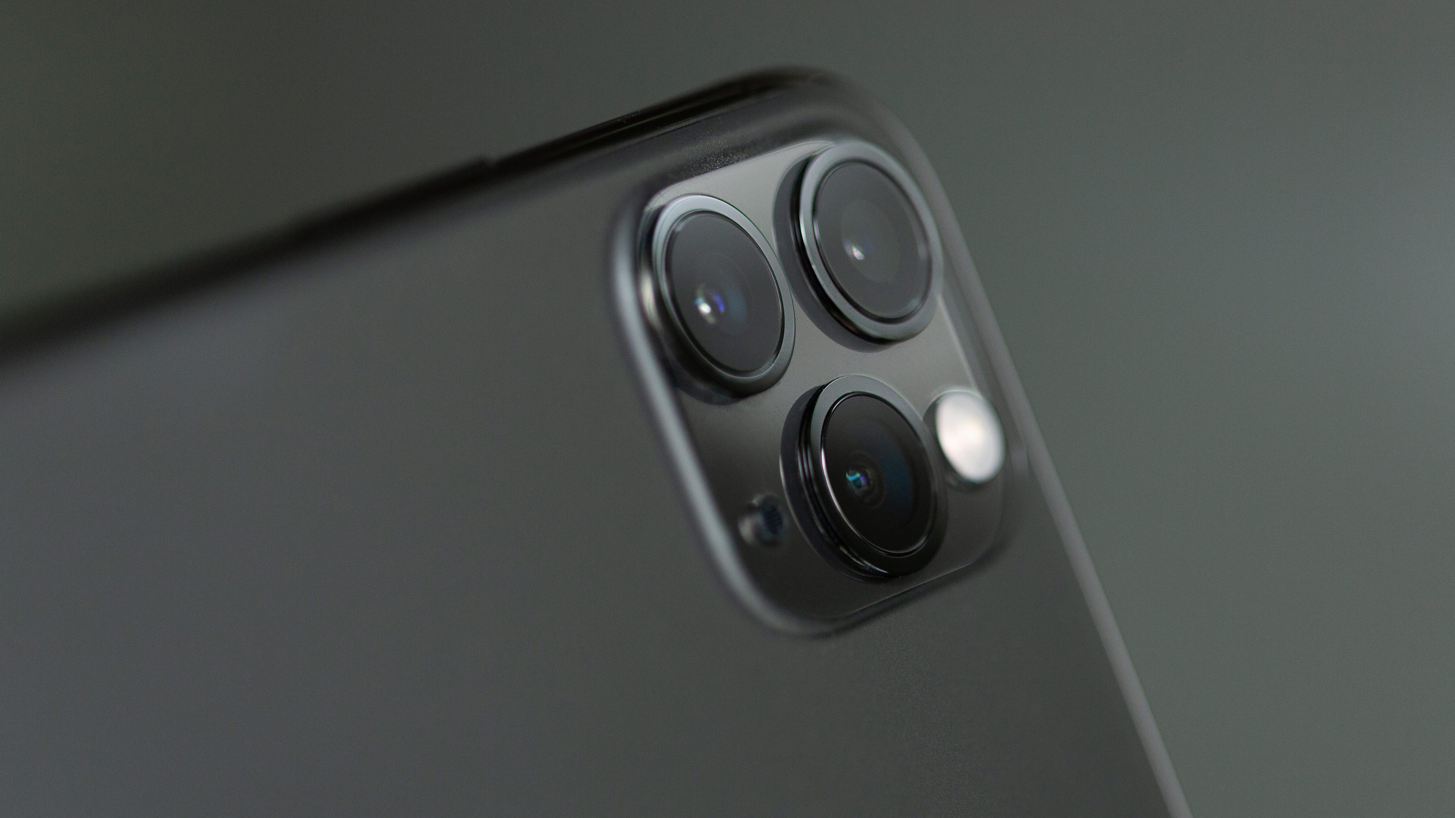 Example of smartphone multi-cam setup