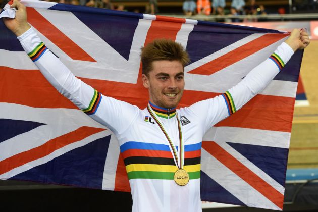 Having ridden for Great Britain in the team pursuit, Jon Dibben went solo in the men's points race to take a stunning victory.