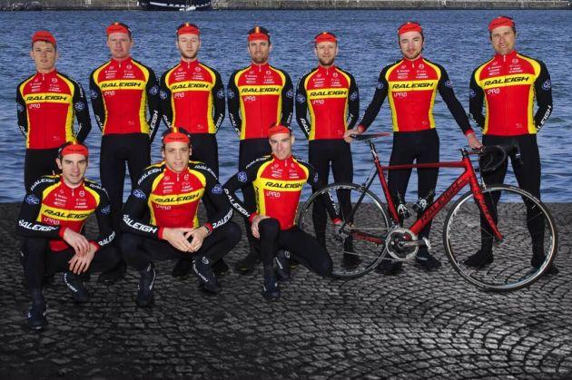 Team Raleigh unveil their retro kit for 2014