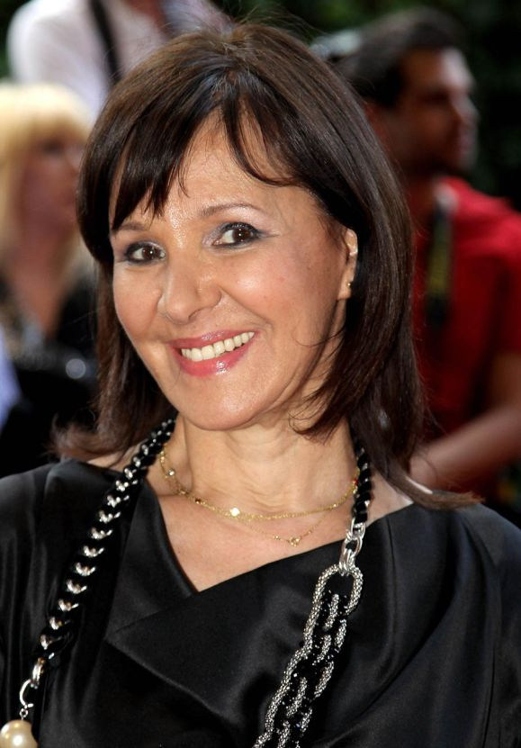 Arlene Phillips returns as a dance judge