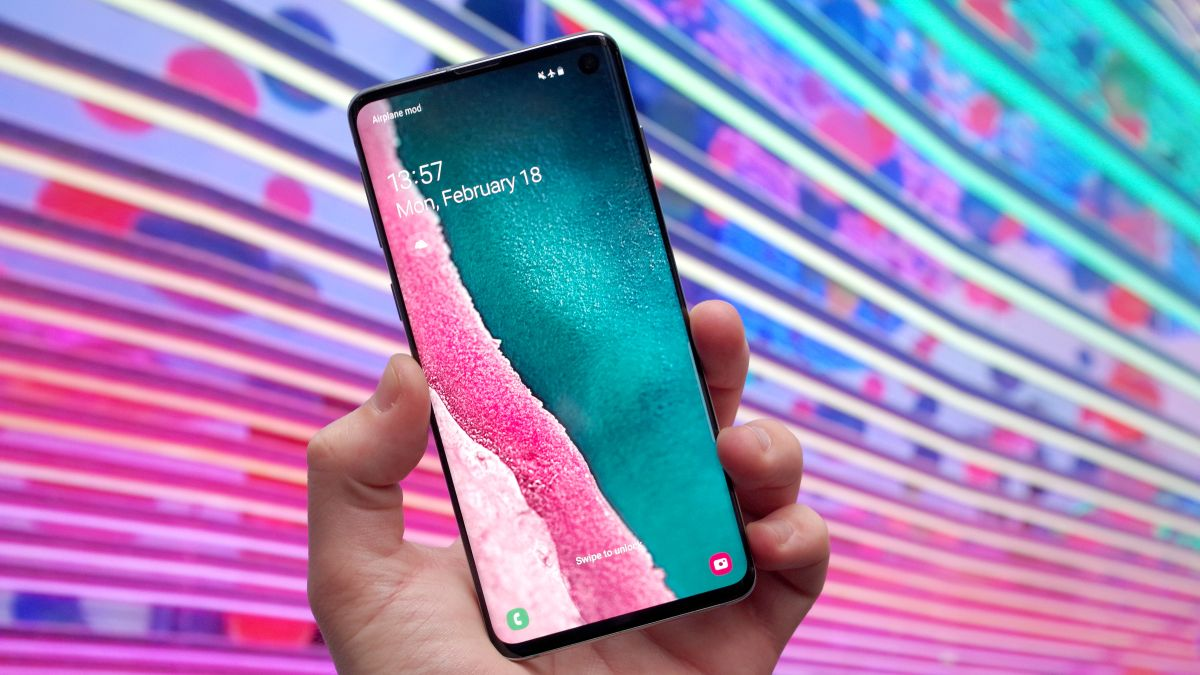 Samsung Galaxy S10 review: the complete package