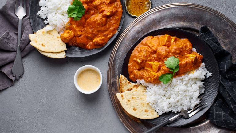 Curry with rice cooked in a healthy way