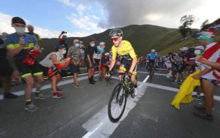 Adam Yates Tour de France Peyresourde 2020