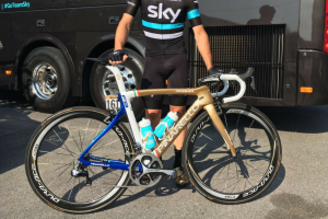 Elia Viviani's amazing gold and blue Pinarello Dogma F8 is rather special