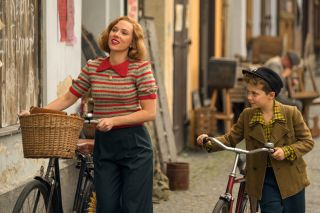 Scarlett Johanssen and Roman Griffin Davis in Jojo Rabbit