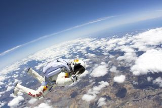 Baumgartner Hurtles Towards Earth