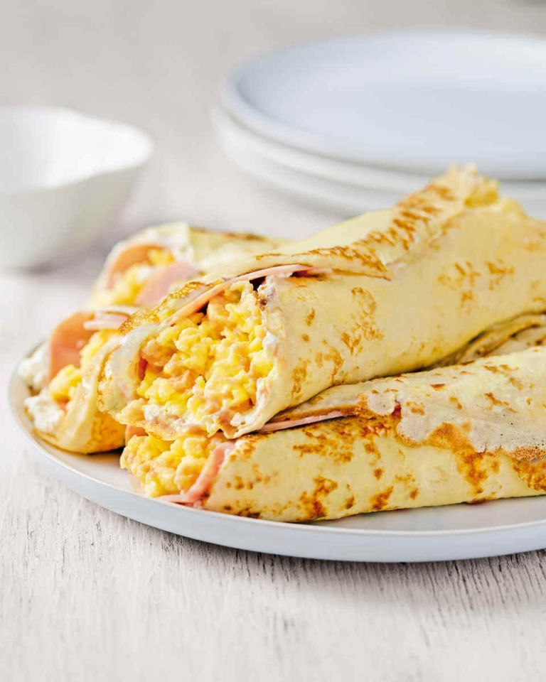 savoury pancakes: pancakes filled with cheese egg and ham