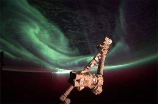 NASA astronaut Joe Acaba captured this photo of the southern lights in a dazzling aurora display on July 14-15, 2012, during an uptick in solar activity.