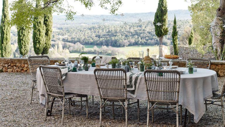 Outdoor Dining Ideas 18 Gorgeous Ways, Outdoor Dining Ideas