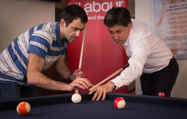 Ed plays a game of pool with Ronnie O'Sullivan