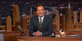 Jimmy Fallon's Family Vacation Photo Is Hilarious, Check It Out