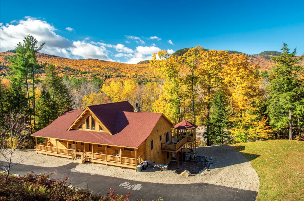 9 cozy New England Airbnbs that'll make you so excited for fall