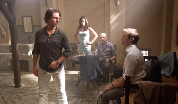 Mission: Impossible Ghost Protocol Tom Cruise Paula Patton Simon Pegg Jeremy Renner tense stand off