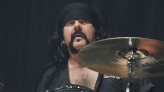 Foo Fighters, Metallica's Lars Ulrich, Zakk Wylde and Hellyeah pay tribute to Vinnie Paul, who died at the age of 54 over the weekend