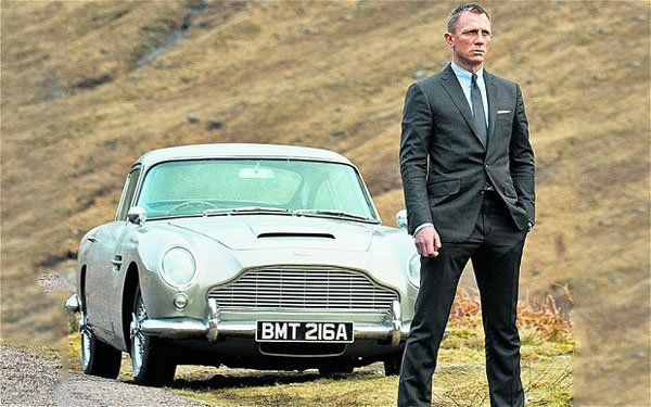 Daniel Craig Apparently Turned Down A Lot Of James Bond ...