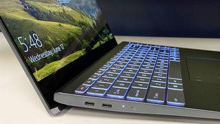 Prototipo de laptop con Intel Tiger Lake