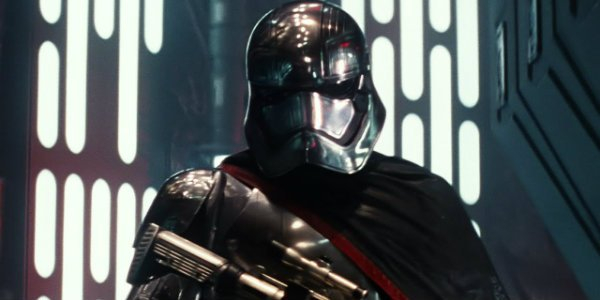 Why Captain Phasma Kept Her Helmet On According To Gwendoline